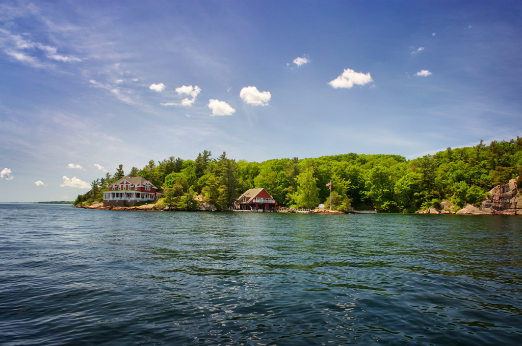 Thousand Islands Boateak